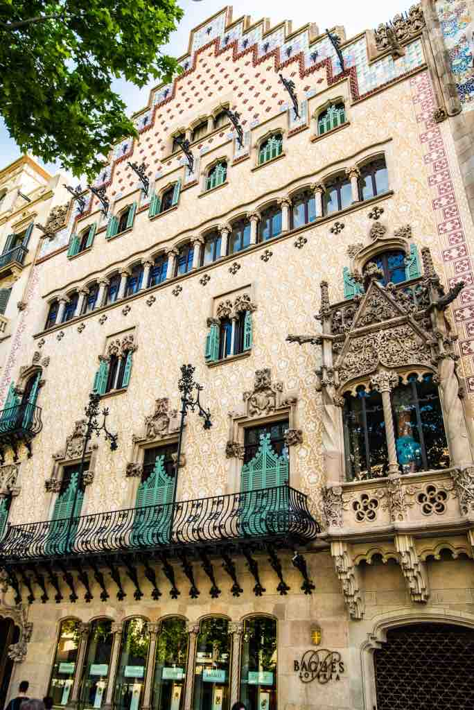 barcelona spain city itinerary