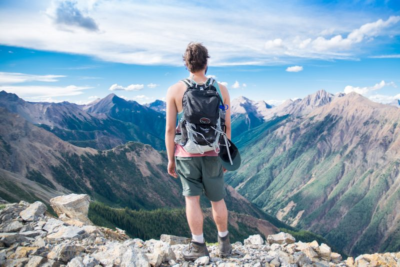 backpack-mountain-men