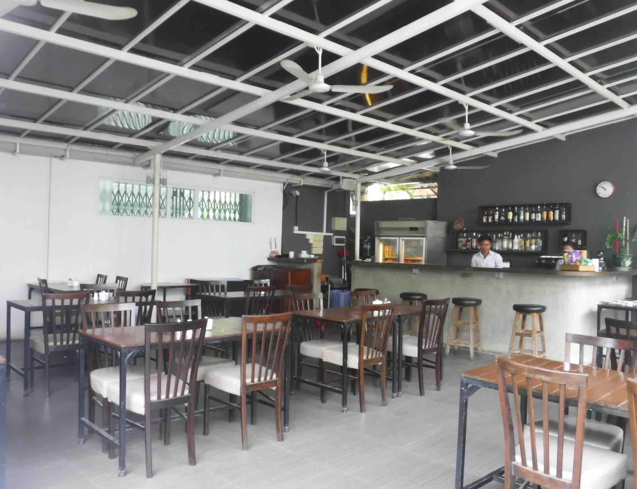 The Billabong Hotel - The Restaurant