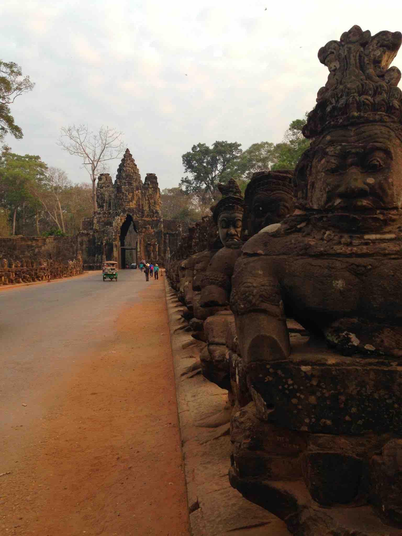 bayon angkor siem reap cambodia