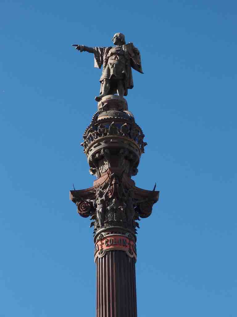 The Best Things to do in Barcelona: Columbus Monument