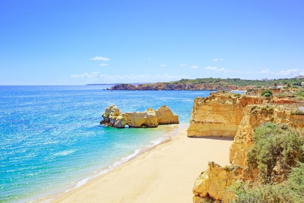 Portugal_Algarve_Praia da Rocha (family) - Copy