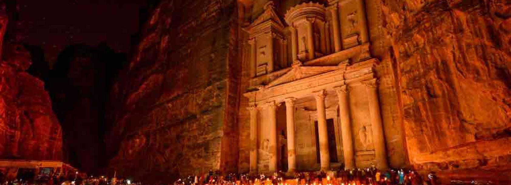 Jordan_Al Khazneh in Petra